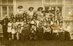 Most probably students of the school in Poryck, interwar period.